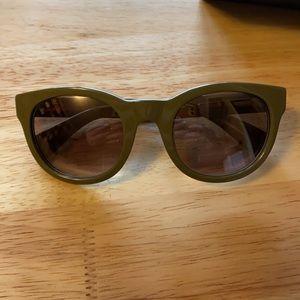 🌱☀️🍁 BNIB Sam dusty green Sunglasses